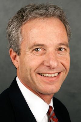 Barry Neal, head of Wells Fargo's Environmental Finance Group.  (PRNewsFoto/SunEdison, Inc.)