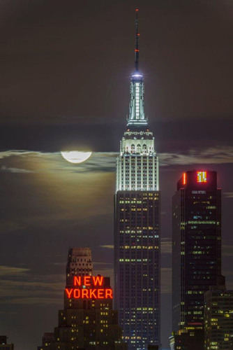 Empire State Building Selects Winning Photos Of Annual 'My Empire State Building' Digital Photo