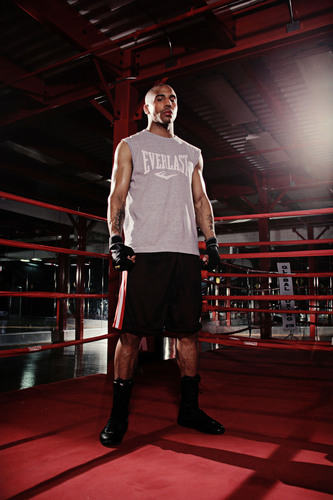Boxing Champion Andre Ward Signs Exclusive Multi-Year Contract with Everlast Worldwide.  (PRNewsFoto/Everlast ...