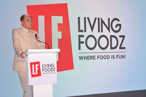 Dr. Subhash Chandra, Chairman, Zee and Essel Group, addressing the audience (PRNewsFoto/Living Entertainment)