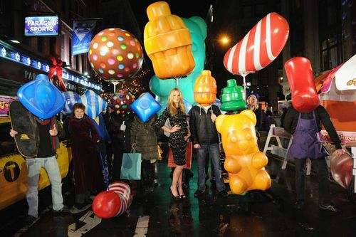 Model and actress, Molly Sims, joins King in New York City to celebrate the launch of Candy Crush Soda Saga (PRNewsFoto/King Digital)