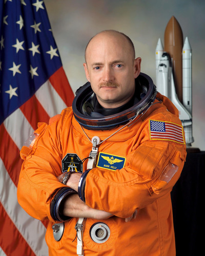 Mark Kelly, exclusively represented by Keppler Speakers, Inspires the Nation with His Story of Heroism and Hope.  (PRNewsFoto/Keppler Speakers)