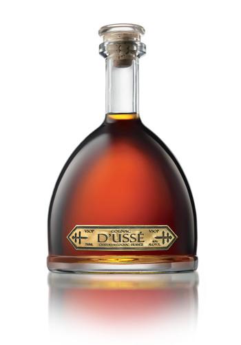 D'USSE Cognac (back). (PRNewsFoto/D'USSE) (PRNewsFoto/D'USSE)