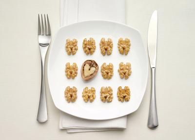 Latest Research Shows Heart Health Benefits of Walnuts in the German Diet.  (PRNewsFoto/California Walnut Commission)