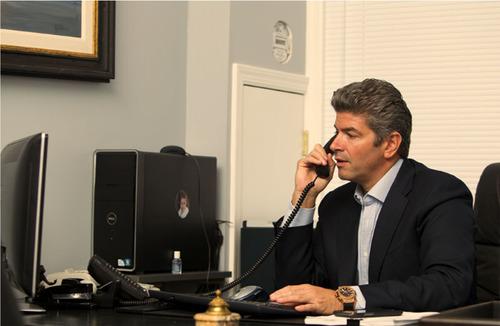 Joseph Armato supports Safe Driver Program.  (PRNewsFoto/Venetian Construction)