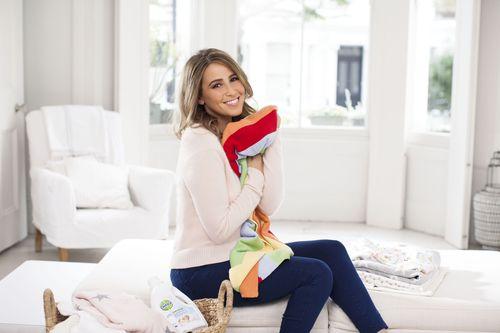 Rachel Stevens is supporting the Dettol Baby Blanket Donation (PRNewsFoto/Dettol Baby Blanket Donation)