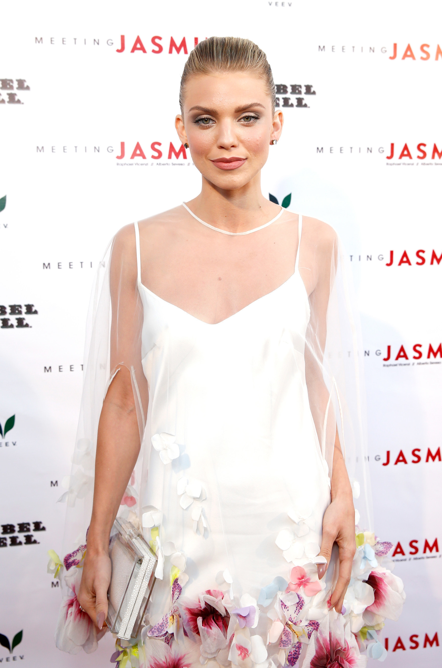 Former 90210 actress, AnnaLynne McCord, looks stunning while arriving to the inaugural Meeting JASMIN fine art exhibition in Los Angeles, CA.