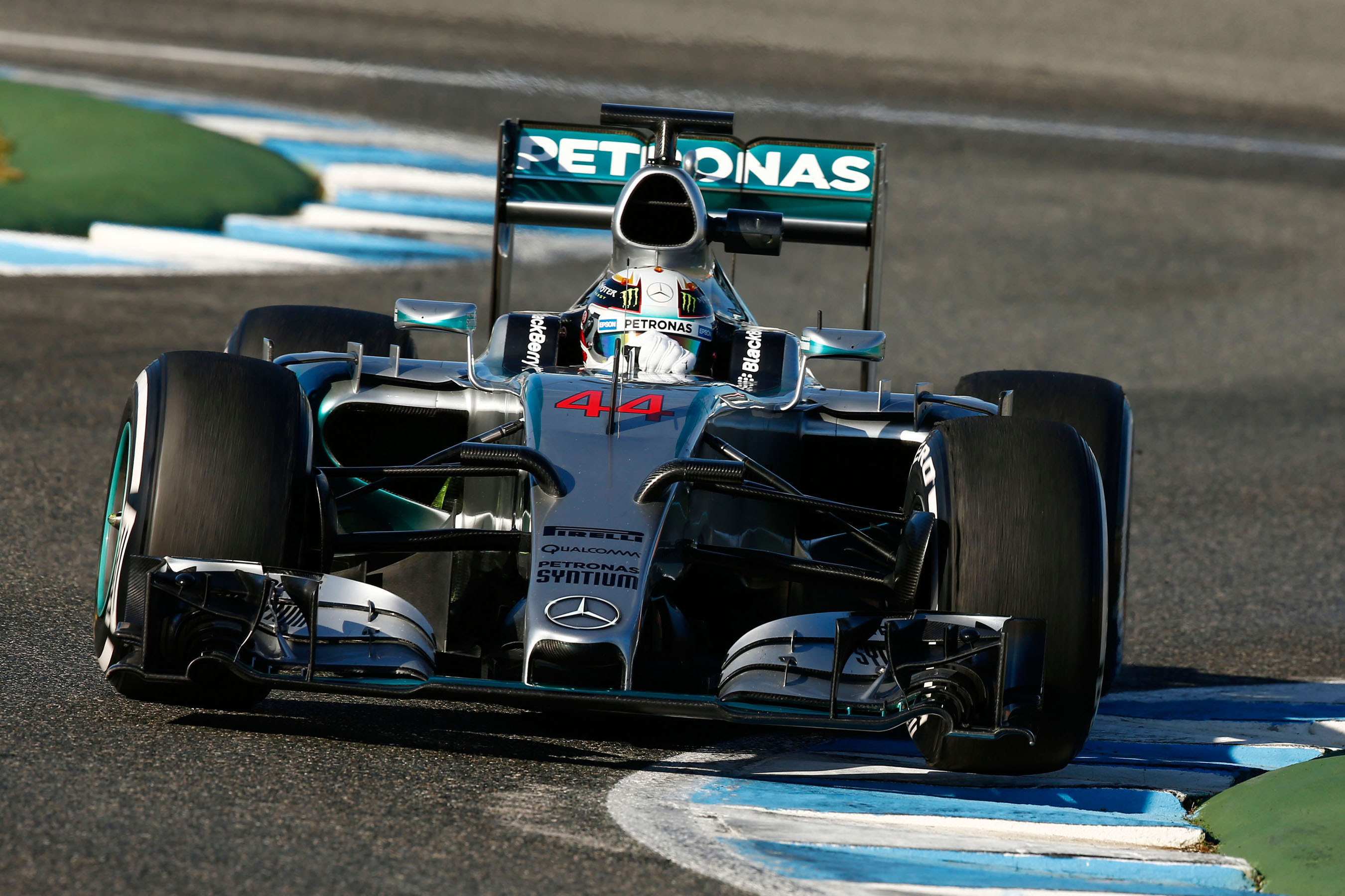 Qualcomm joins the MERCEDES AMG PETRONAS Formula One team as official technology partner.