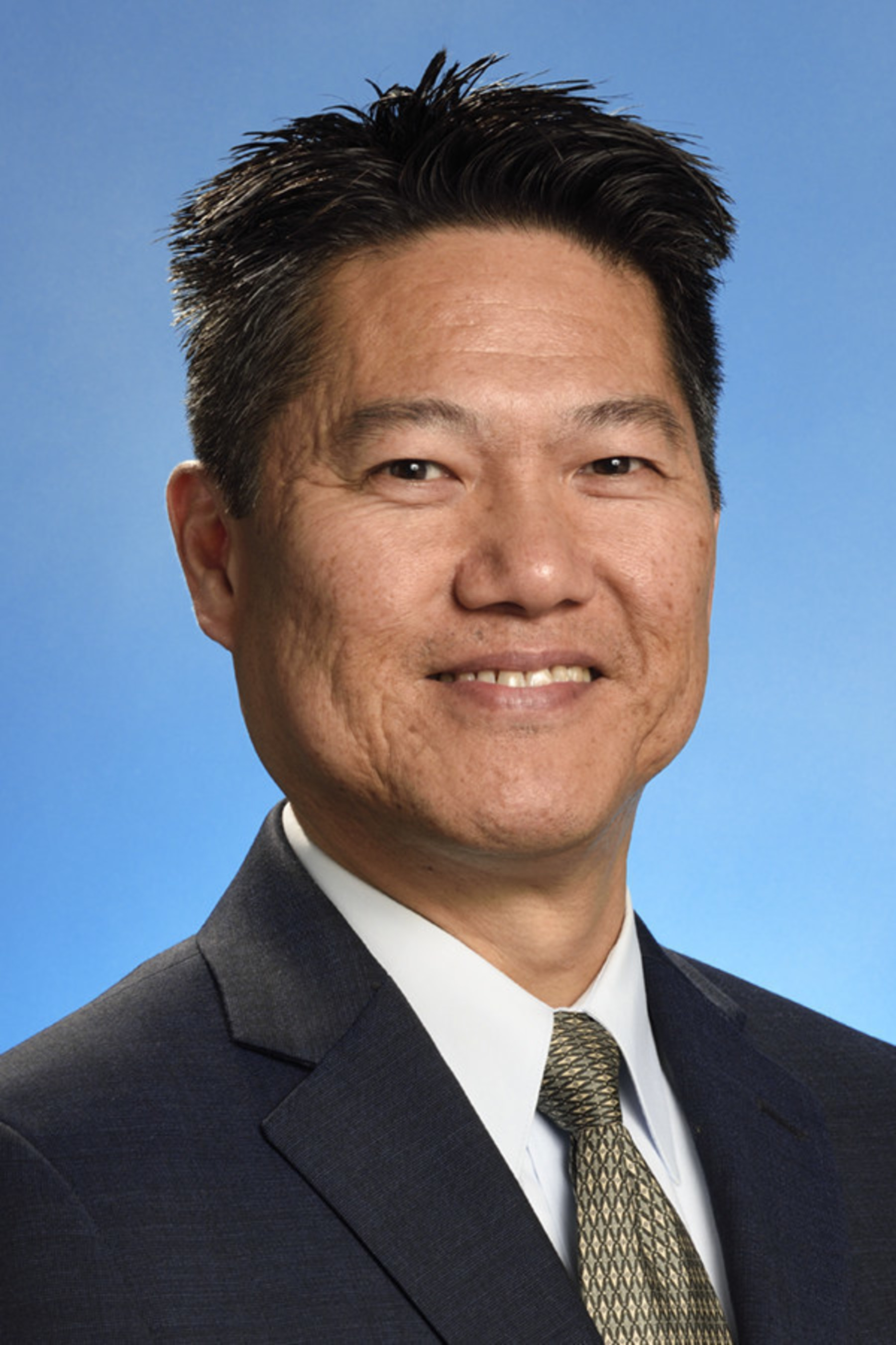 dB Control Welcomes 25-Year RF / Microwave Industry Veteran Michael Lee as Director of Sales and Marketing