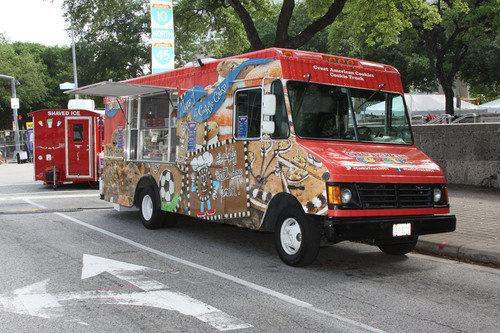 Go Mobile With Great American Cookies® New Food Truck