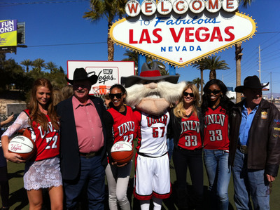 Kate Upton, SI models salute NCAA basketball conference championships in Vegas.