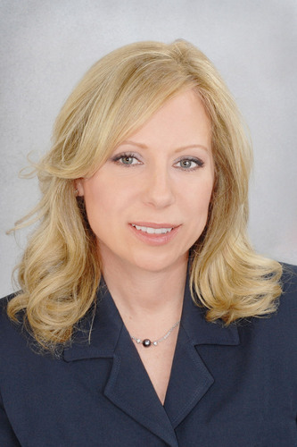 America's Largest Weight Loss Site SparkPeople.com Hires Eileen Mulloy as SVP, Sales.  (PRNewsFoto/SparkPeople.com)