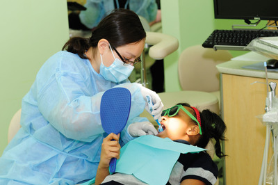 The American Dental Association (ADA) and Smile Kentucky! are collaborating to kick off this year's national Give Kids A Smile® program on Friday, Feb. 1, at the University of Louisville School of Dentistry in Kentucky.