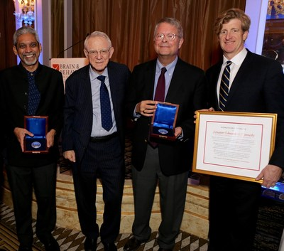 (Left to right) Dr. Vikram Patel, winner of the 2016 Pardes Humanitarian Prize in Mental Health; Dr. Herbert Pardes, President of the Brain & Behavior Research Foundation Scientific Council and Executive Vice Chair of the Board of Trustees of NewYork-Presbyterian; Dr. Charles F. Reynolds, III, winner of the 2016 Pardes Humanitarian Prize in Mental Health, and Patrick Kennedy, who accepted the 2016 Pardes Humanitarian Prize in Mental Health Honorary Tribute on behalf of his father.