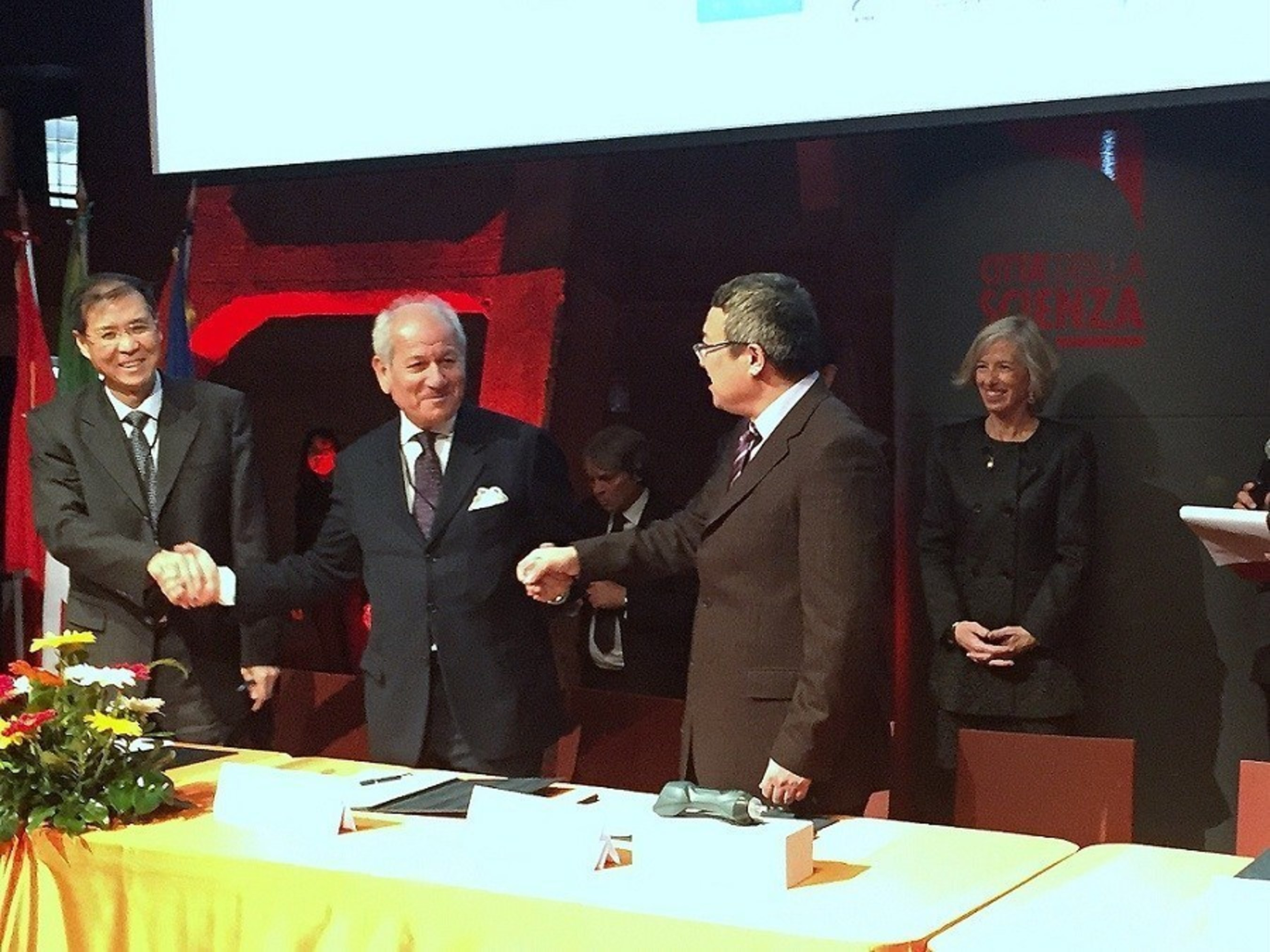 Agreement to develop appropriate protocols for applying MLS(R) Laser to Chinese acupuncture points (PRNewsFoto/ASA Srl)