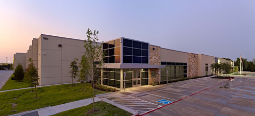 Stream Data Centers' second Private Data Center in Richardson, Texas, achieved LEED Gold Certification.  (PRNewsFoto/Stream Data Centers)