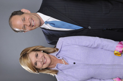 Former New York Governor Eliot Spitzer and Kathleen Parker host 8pm show on CNN in New York.  (PRNewsFoto/CNN, ...