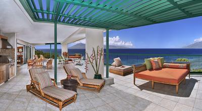 The Kamehameha Suite at Honua Kai Resort boasts the largest lanai on Maui at 3100 square feet of oceanfront glory.  (PRNewsFoto/Honua Kai Resort & Spa, David Watersun Photography)