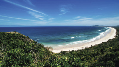 Main Beach, Byron Bay, NSW, just a two hour flight from Sydney and a popular coastal destination for both locals and visitors.