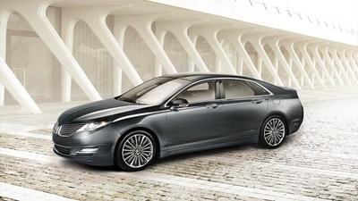 Design links the 2015 Lincoln MKZ in Cincinnati with its automaker's lauded heritage. (PRNewsFoto/Mike Castrucci of Alexandria)
