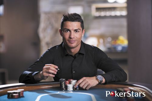 Cristiano Ronaldo signs for Team PokerStars (PRNewsFoto/PokerStars)