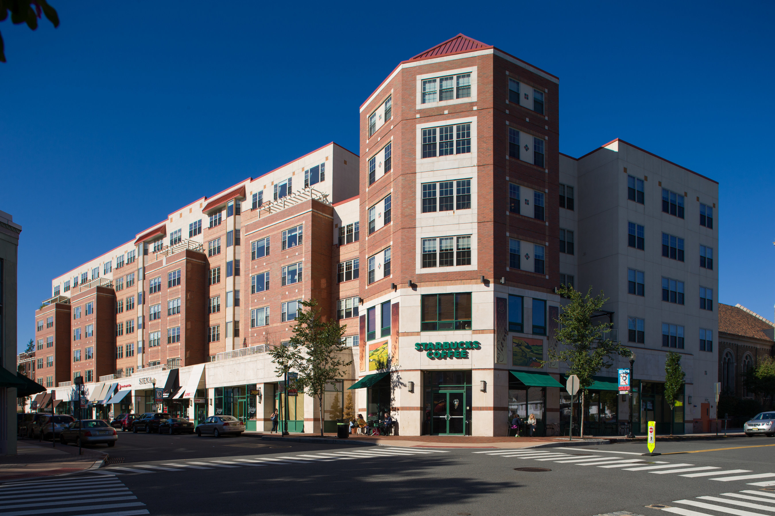 The Pinnacle Companies Announces Fully-Occupied Retail Space at The Siena Montclair