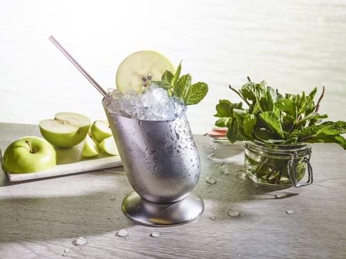 World Class cocktail - the Smokey Apple Julep (PRNewsFoto/Diageo Global Travel Western) (PRNewsFoto/Diageo Global Travel Western)