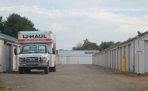 U-Haul Announces Expansion with a New U-Haul Moving and Storage of Newark.  (PRNewsFoto/U-Haul)