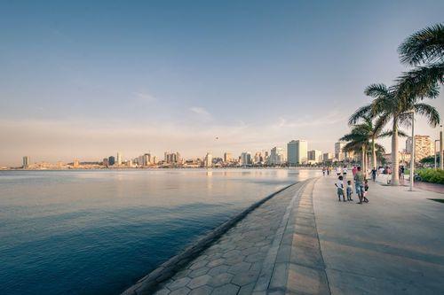 Baia de Luanda receives an outstanding Real Estate project (PRNewsFoto/Sociedade Baia de Luanda)