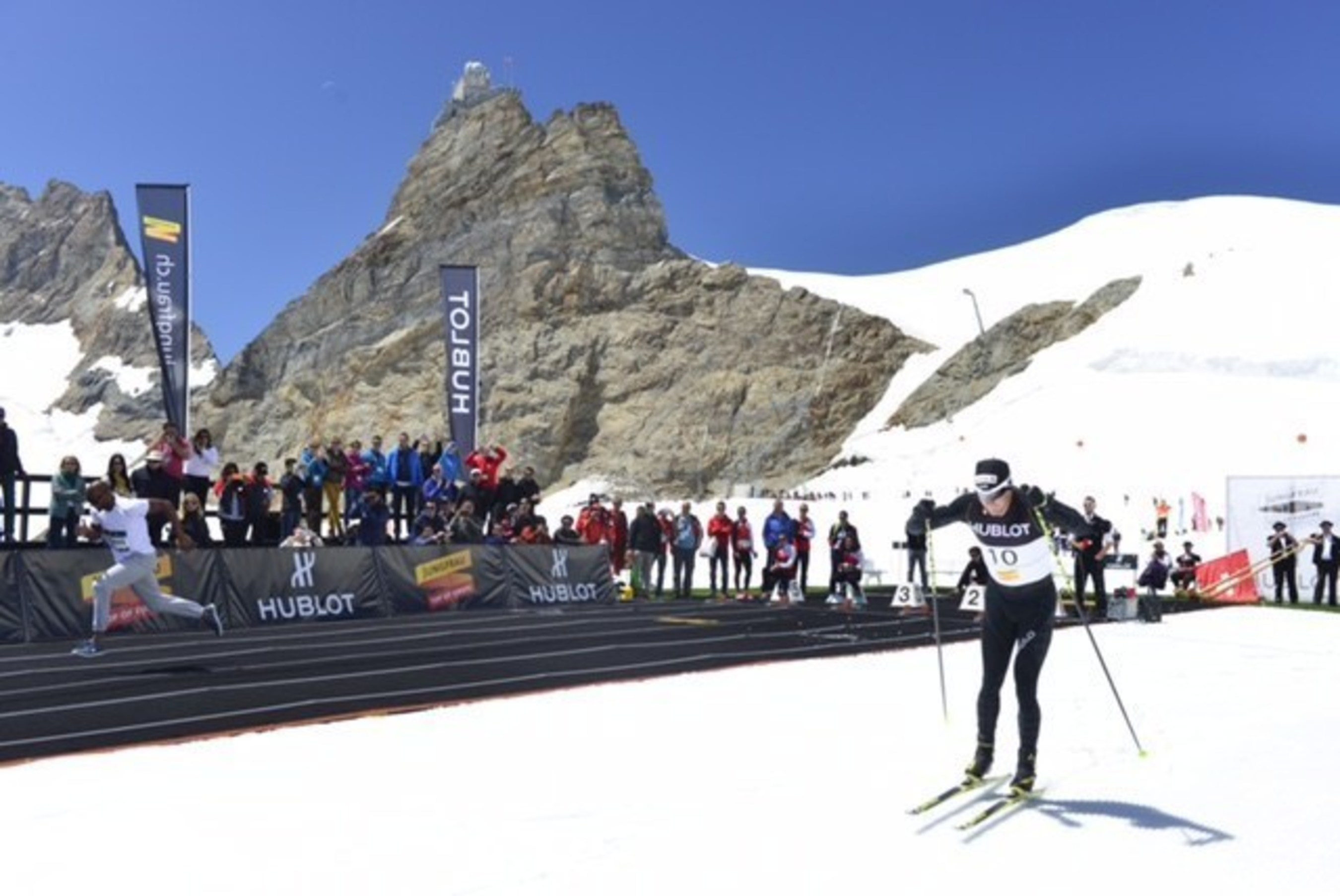 Athletes meet on the Top of Europe