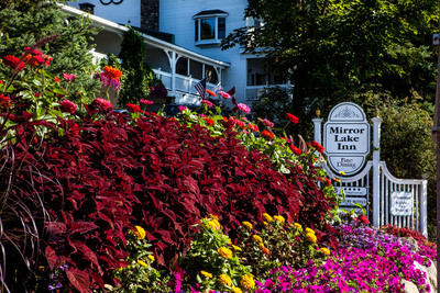 No matter the season, the 4 Diamond Mirror Lake Inn Resort and Spa is beautifully landscaped. Photo courtesy Mirror Lake Inn Resort and Spa.  (PRNewsFoto/Mirror Lake Inn Resort and Spa)