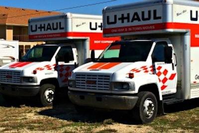 Sonterra Self Storage Welcomes U-Haul to Its Business (PRNewsFoto/U-Haul)