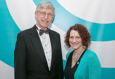 Dr. Francis Collins, Director of the National Institutes of Health, and LUNG FORCE Hero Lysa Buonanno of Nevada proudly support the American Lung Association's LUNG FORCE.