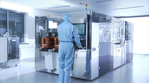 EV Group's GEMINI® Wafer Bonding System First to Pass Equipment Maturity Assessment Within