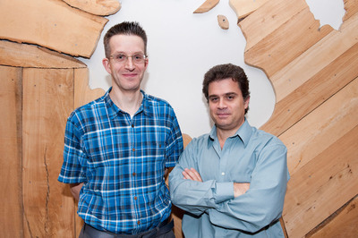 WaveCheck, a clinical technique invented by Dr. Gregory Czarnota of Sunnybrook Health Sciences Centre (left) and Professor Michael Kolios of Ryerson University (right), will be used at MD Anderson in the United States in a clinical study beginning in May 2014.  (PRNewsFoto/MaRS Innovation)