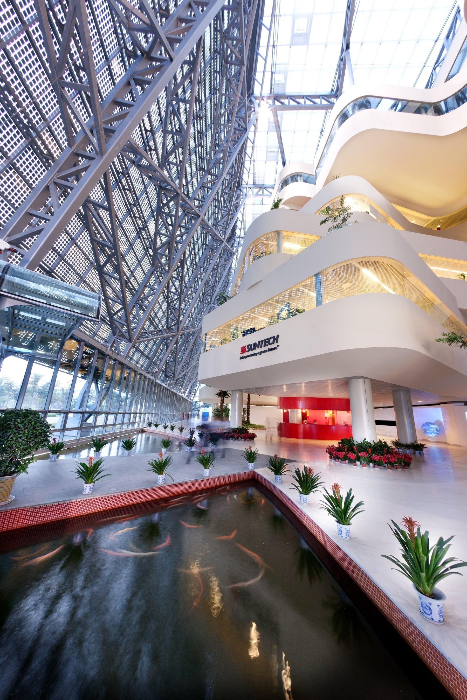Wuxi Suntech Power Co Ltd. Headquarters (PRNewsFoto/Wuxi Suntech Power Co., Ltd.)