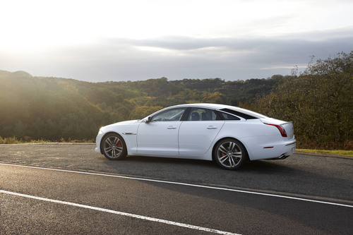 November 10: The 2012 Jaguar XJ Supercharged equipped with the Sport & Speed Pack. Jaguar announced two new performance driven option packs for the Jaguar XJ sedan, the Speed Pack for the XJ Supersport and the Sport & Speed Pack for the XJ Supercharged on November 10, 2011.  (PRNewsFoto/JLR North America, LLC)