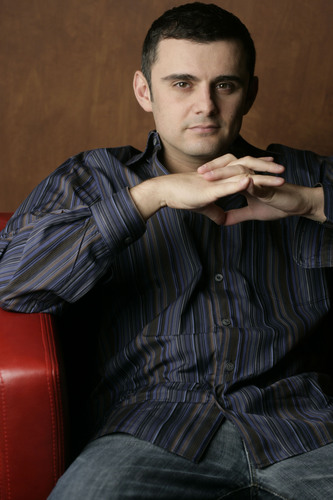 "SIRIUS XM to Launch Exclusive Weekly Show ""Wine & Web"" With Gary Vaynerchuk.  (PRNewsFoto/SIRIUS XM Radio)"