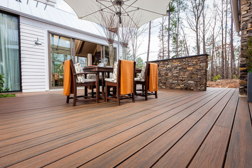 Trex Company, the world's largest manufacturer of wood-alternative decking and railing, has outfitted the fifth annual HGTV Green Home with a beautiful and eco-friendly outdoor living space.  The home features Trex Transcend(R), the new Trex Elevations(TM) Steel Deck Framing System, Trex Outdoor Furniture(TM) and Trex DeckLighting(TM).  (PRNewsFoto/Trex Company)