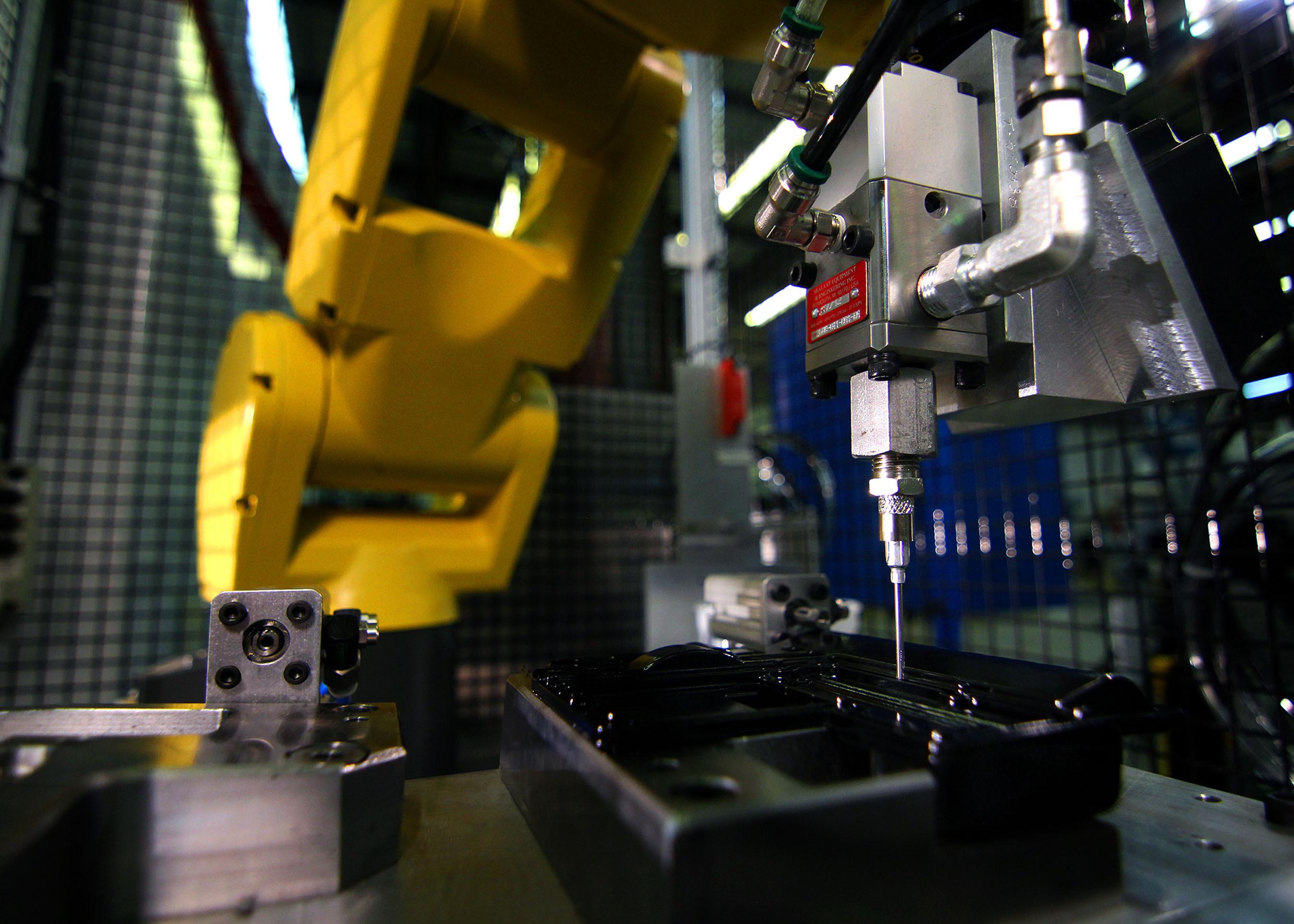 American Axle 21-step cam actuator system - photo.  (PRNewsFoto/Evana Automation Specialists)
