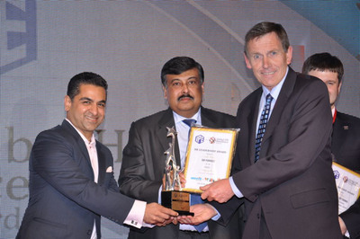 Mr. Sid Forrest (right) of EnerSys accepts the HR Leadership Award for Global HR Excellence from (left) Mr. Ameer Ismail, executive director of LOWE Lintas, and (center) Dr. Saugata Mitra, chief people officer & group head - HR, of Mother Dairy Fruit & Vegetable Pvt. Ltd.  (PRNewsFoto/EnerSys)
