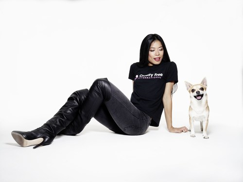 Vanessa-Mae with Max by Rankin for the Cruelty Free International global campaign to end experiments on dogs (PRNewsFoto/Cruelty Free International) (PRNewsFoto/Cruelty Free International)