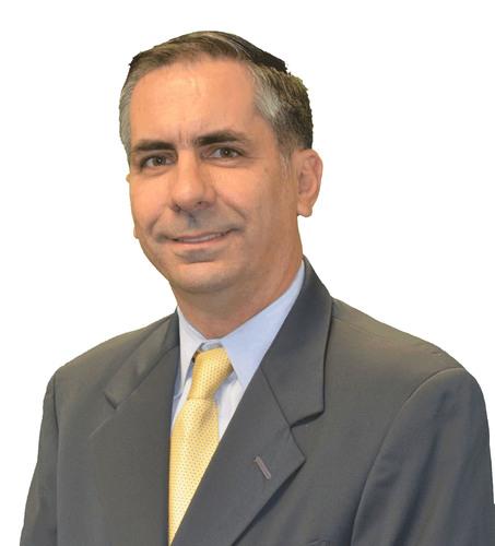 Seven Seas Water names Claudio Baldovino President of South America and Santiago Arcila, VP