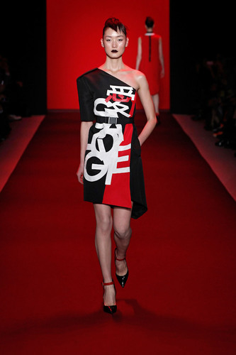 Vivienne Tam's Love! SaveLoveGive Dress on the Runway at NYC Fashion Week 2013. (PRNewsFoto/Validas) ...