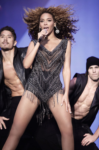 Beyonce to Perform at New York's Roseland Ballroom