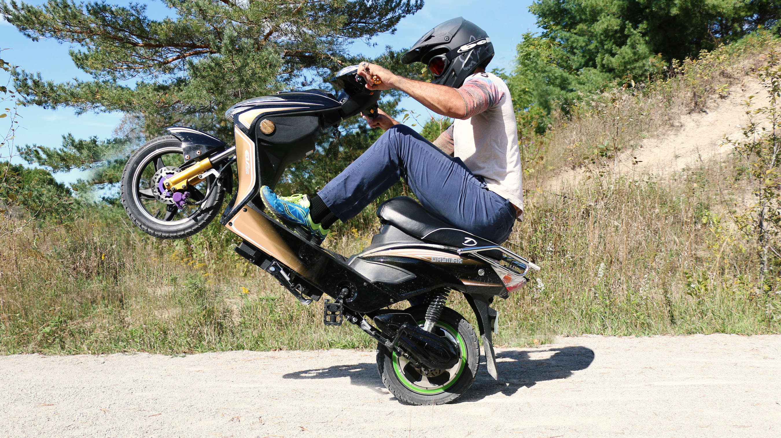 Daymak Chameleon Ebike Buzz Blows Up As It Nears Release