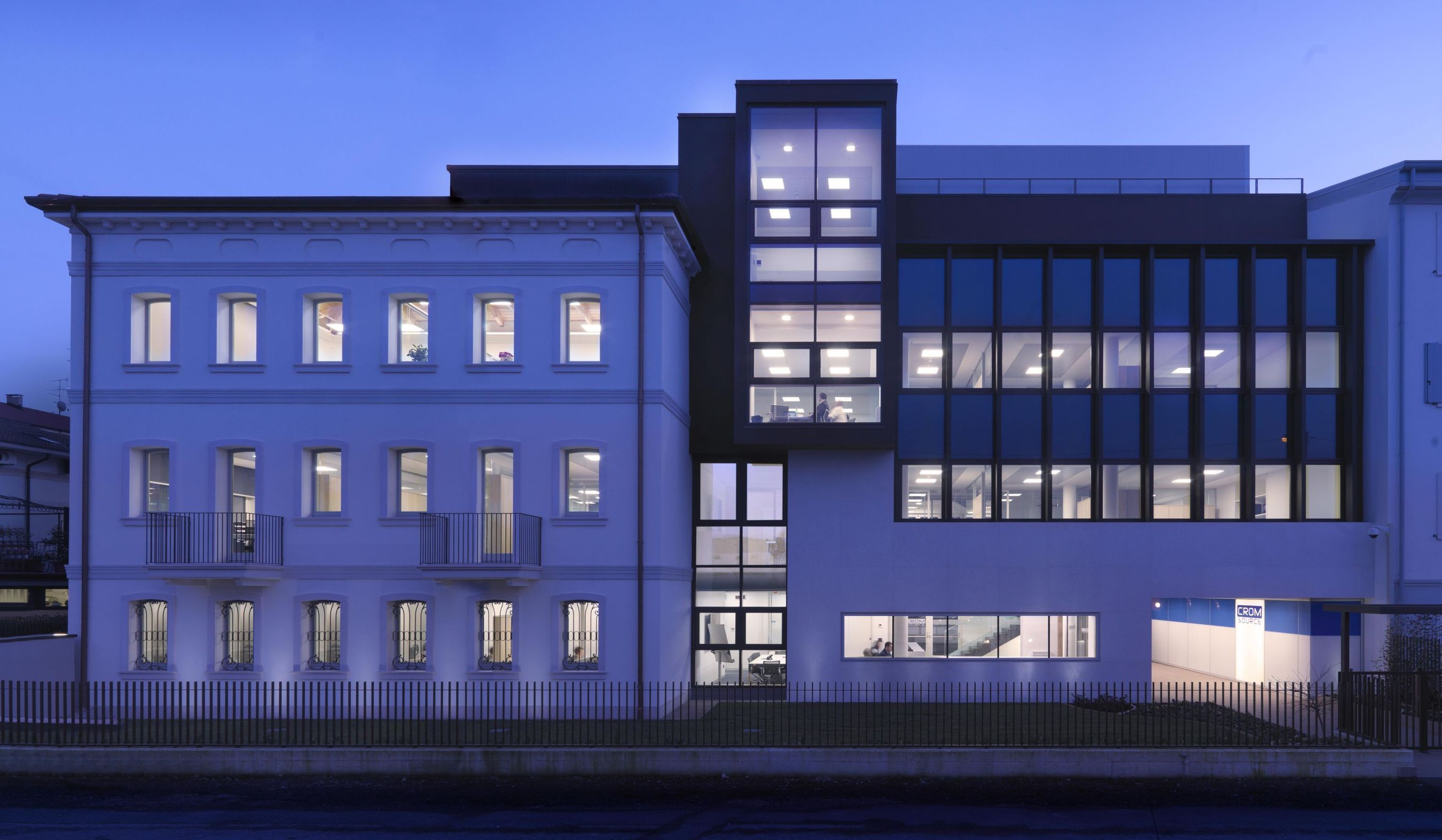CROMSOURCE's new office building in Verona, Italy (PRNewsFoto/CROMSOURCE)