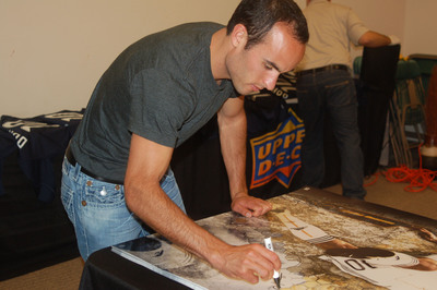 L.A. Galaxy soccer star Landon Donovan signs exclusive autograph deal with Upper Deck.(PRNewsFoto/The Upper Deck Company)