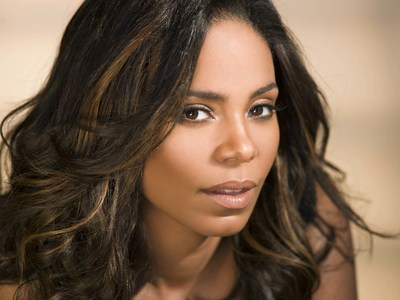Sanaa Lathan serves as spokesperson for 2016 AGTA Spectrum Awards Collection.