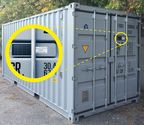 Optimum position: A safety sensor provides protection from tampering and theft. If someone tries to remove the tracking module or open the container door without permission during transportation, it immediately emits an alarm. Photo: Hirschmann Solutions